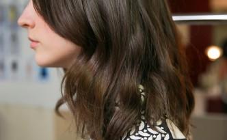Coloration cheveux L'Oréal mousse