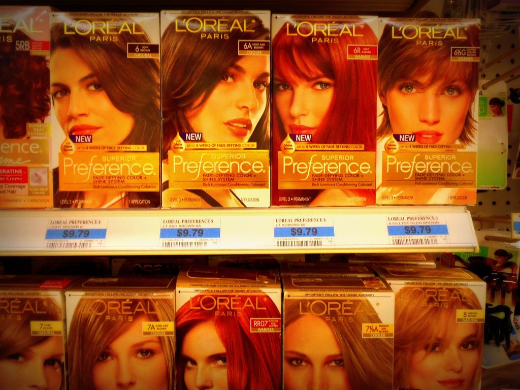 boîtes de colorations pour les cheveux